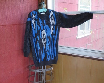 "Vintage 1980s black sweater pullover blue white sparkle roses New Wave Ellen-D Kollection large 38"" bust 100% acrylic"