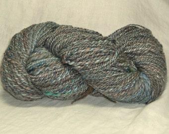 yarn 6.5 oz 225 yds handspun Luxury Batt 2 ply Stone Wash Faded Denim blues mixed wools angelina sparkle Corriedale, BFL, Merino