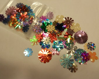 bag of assorted flower sequins / confetti 8 - 16 mm (11)