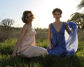 PERIWINKLE Vintage 1970's Night Gown Set Lingerie Romantic Two Piece Nightie