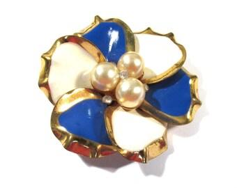 Enamel Flower Pin VINTAGE Pearls Rhinestones Enamel Pin Brooch FLOWER Enamel Flower Pin Brooch Ready to Wear Vintage Jewelry Supply (L204)