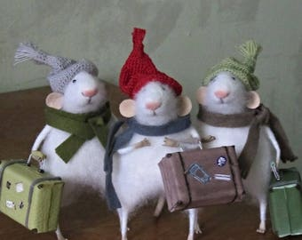 Three little mice. felt mouse, white felted mouse, miniature mouse.