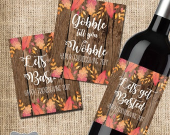 Friendsgiving Wine Labels, Friendsgiving Decor, Friendsgiving Favors, Friends Thanksgiving Wine Labels, Thanksgiving hostess Gift, Set of 2
