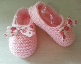 Little feet rose brightened with a gourmet bow - woolen slippers