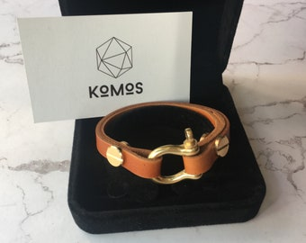 Handcrafted Leather bracelet with brass buckle