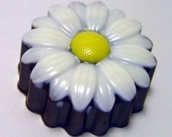 Chocolate Covered Oreo Daisies - 1 Dozen