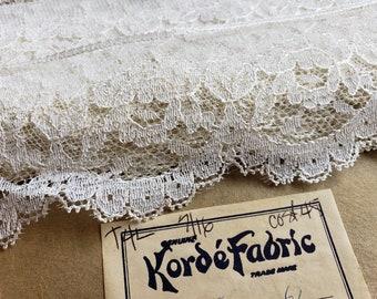 "Wide Vintage Ivory Lace - Off White Sewing Trim - Bridal Wedding Decor Trim - 3"" Wide - 4 Yards"