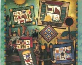 Debbie Mumm Seasonal Samplers, Book 1: Spring and Summer Paperback