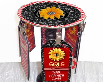 Teacher Gift Desktop Hall Pass Carousel Personalized Daisy A+