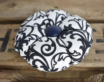 Handmade Pincushion, Special Pincushion, Pincushion, Brocade Pincushion, Sewing Gift for Mom, Quilters Gift, Sewers Pincushion, Sewing Gift
