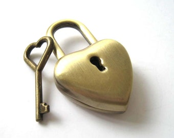 Brass Bronze Heart Lock and Heart Key Set - 1pc