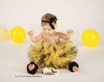 BABY BEE COSTUME, Baby Halloween Costume,Bumblebee, Bee Halloween Costume, 3 pc set, Cake smash outfit, bee tutu