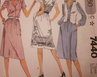 McCalls 7440, Women's Dress Pattern
