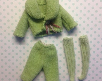 Blythe outfit:Froggy Green Set with Floral Dress( dress,hat,cardigan/jacket,shorts,stockings)