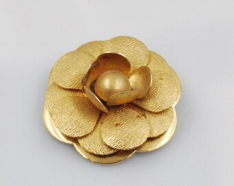 Rose Flower Petal Clip On Scarf Collar Brooch Gold Tone
