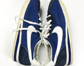 Vtg 1985 Nike Sneakers Shoes Waffle Knit Trainers cortez bruins style Size  8.5 marty mcfly for