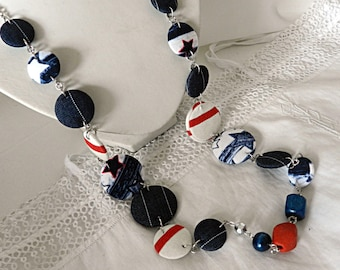 Long striped fabric, marine style, with wooden beads and ceramic