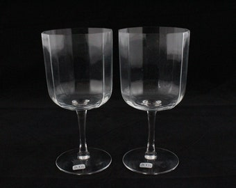 2 glasses of wine glasses Kosta by Kosta Boda AB Sweden with 12 Square Cup