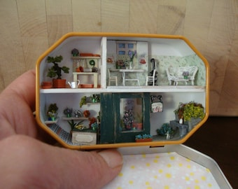 dollhouse miniature in a box of candies 1/144 scale