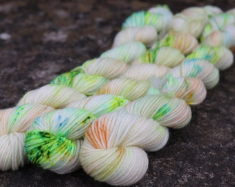 Acidic - Hand Dyed Superwash 75/25 Merino Nylon Yarn - 20g 80m Mini Skein - Sock