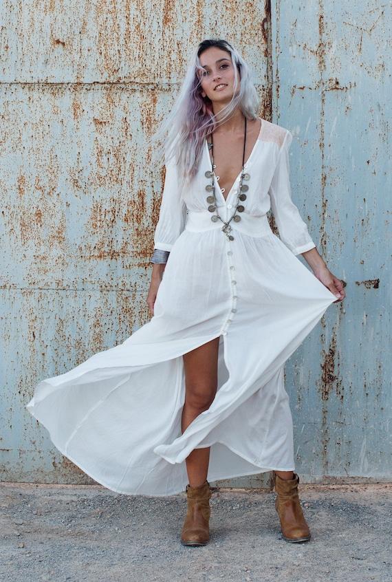 V tements boh me robe longue blanche bouton robe robe - Vetement boheme chic ...