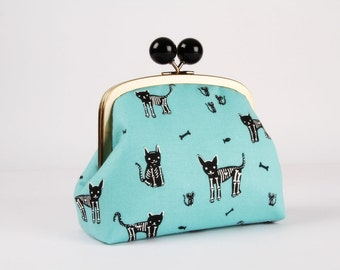 Metal frame clutch bag - My pet skeleton - Color bobble purse / Japanese fabric / Halloween / Cotton and steel / Blue grey black white