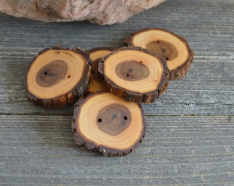Large Juniper Wood buttons- 5 buttons (3004)