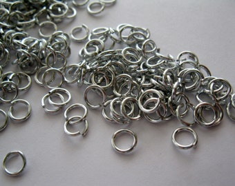"19 Gauge 5/32"", about 4mm Anodized Aluminum Jumprings, Qty 50"