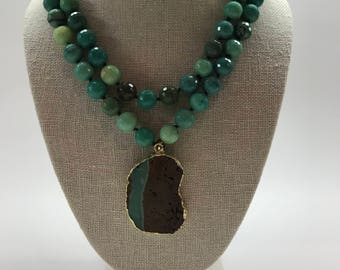 Green Chrysoprase Necklace with Pendant