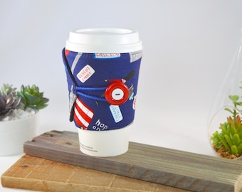 British Coffee Sleeve Tea Cozy for Tapered Cups, Englands Novelty Travel To Go Present, Adjustable Fabric Java Jacket, Drink Carrier Holder