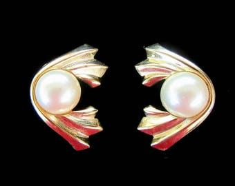 Faux pearl & gold tone Art Deco Revival clip on vintage earrings - bride - wedding - holiday earrings - Free U.S.Shipping