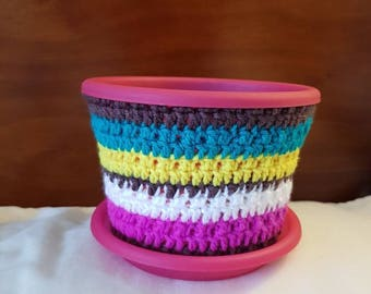 15cm round Modern Planter with Cuban inspired Pot Cosy
