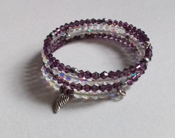 Memoery wire bracelet with charm detail crystals glass pearl