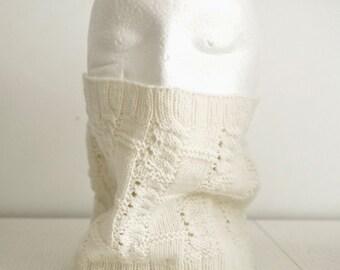 "Knit cowl scarf pattern ""Fizzy Cowl"""