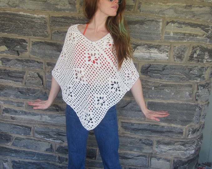 CROCHET SUMMER PONCHO, boho poncho, festival poncho, fishnet poncho , boho, festival clothing, hippie, gypsy, beach cover up, airy poncho