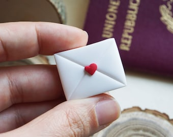 Magnet lettering paper Origami Travel in Fimo. Gift for travelers