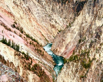 Inspiration Point in the Grand Canyon of the Yellowstone national Park. Wyoming USA