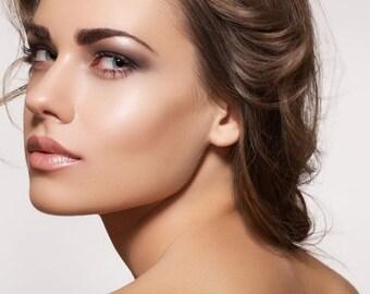 Contouring Makeup - Glaze Highlighter or Shady Definer