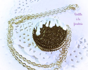 Oreo biscuit necklace, biscuit necklace, silver necklace, black and white necklace, handmade necklace, polymer clay cookie necklace