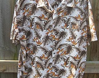 Vintage Hawaiian Island Shores, Original Island Wear, XL, Made In Indonesia, Bird Of Paradise Design, Short Sleeve, Pocket Set To Pattern