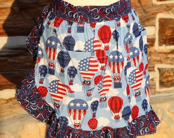Apron Kitchen Cook Cooking Hostess Pockets Washable Patriotic Owls Balloons Streamers Colorful Fun Useful Washable Blue White Red Tie Back