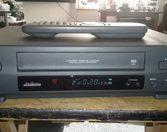 Vintage Toshiba VCR Plus , vhs player / recorder with remote.