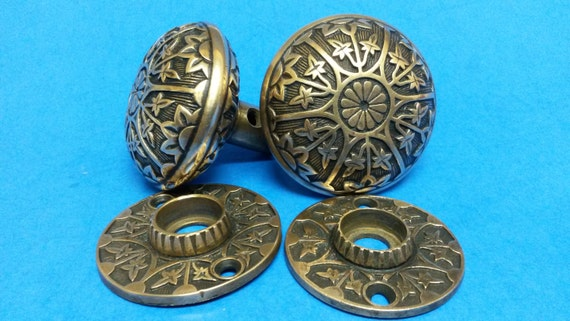 Antique Door Knob Set, Cast Bronze \
