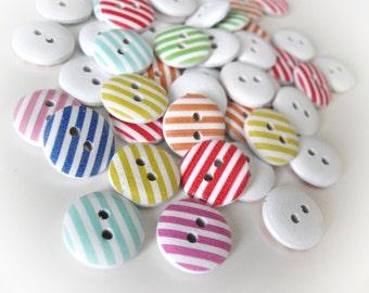25 Boutonsen bois couleurs variées - motifs lignés 15mm