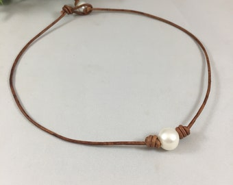 Genuine Freshwater Pearl Leather Necklace, Single Freshwater Pearl Necklace, Genuine Light Brown Leather Necklace, Casual Pearl Necklace