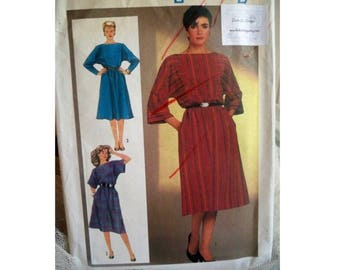Simplicity Dress Pattern 6686 - Uncut