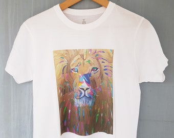 Gold Lion Men's T-shirt, 100% natural cotton t-shirt with gold lion illustration, animal illustration t-shirt, art clothing, unisex t-shirt