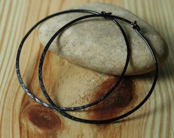 Handmade hammered black large infinite circular hoop 45mm, one pair (item ID BK5-3G18)