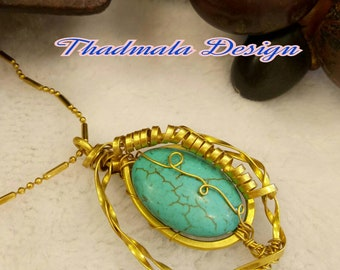 Oval stone and twisted brass wires necklace