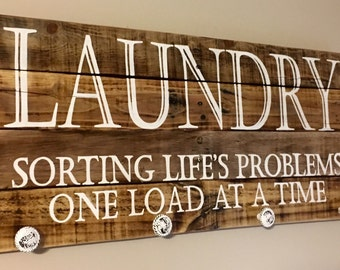 Laundry Art, Wood Sign, Reclaimed Wood Sign, Pallet Art, Laundry Room Decor
